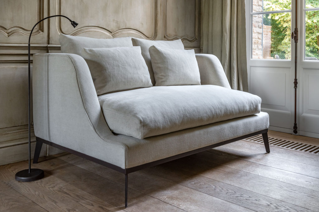 FLORENCE SOFA - Belgian Pearls Home Collection. Belgian style furniture and interior design.#belgianpearls #belgianstyle #belgiandesign #europeancountry #belgianlinen #belgianfurniture